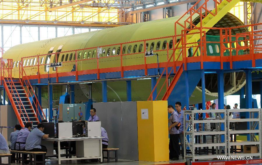 COMAC inicia montagem do 1º C-919