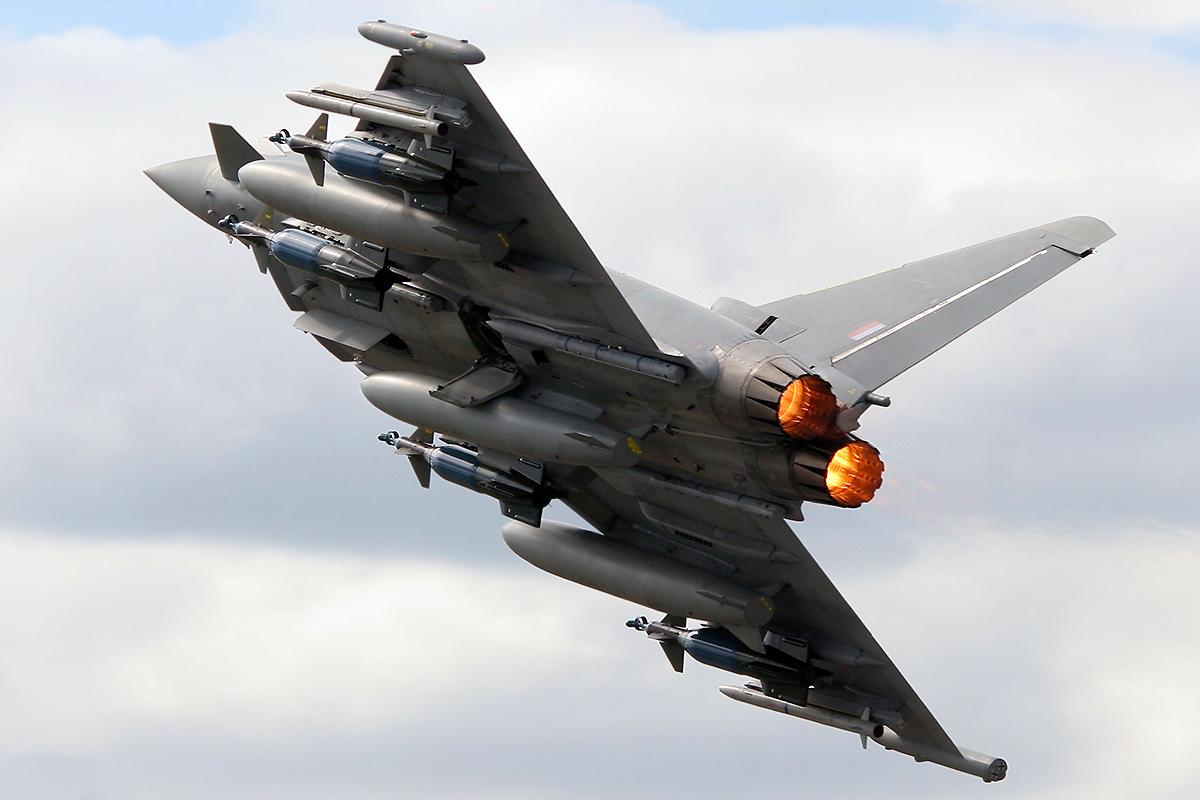 Eurofighter oferece aeronaves de combate Typhoon à Polônia