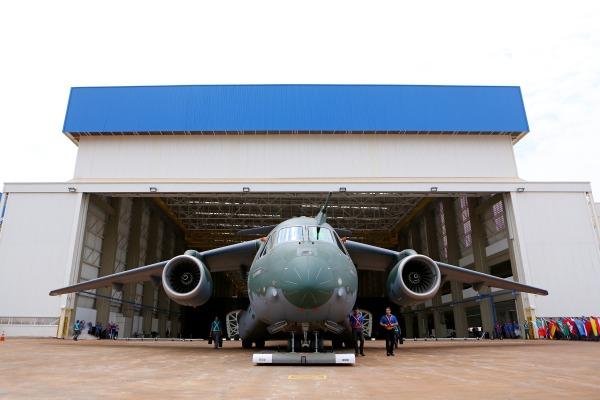 KC 390 FAB (1)