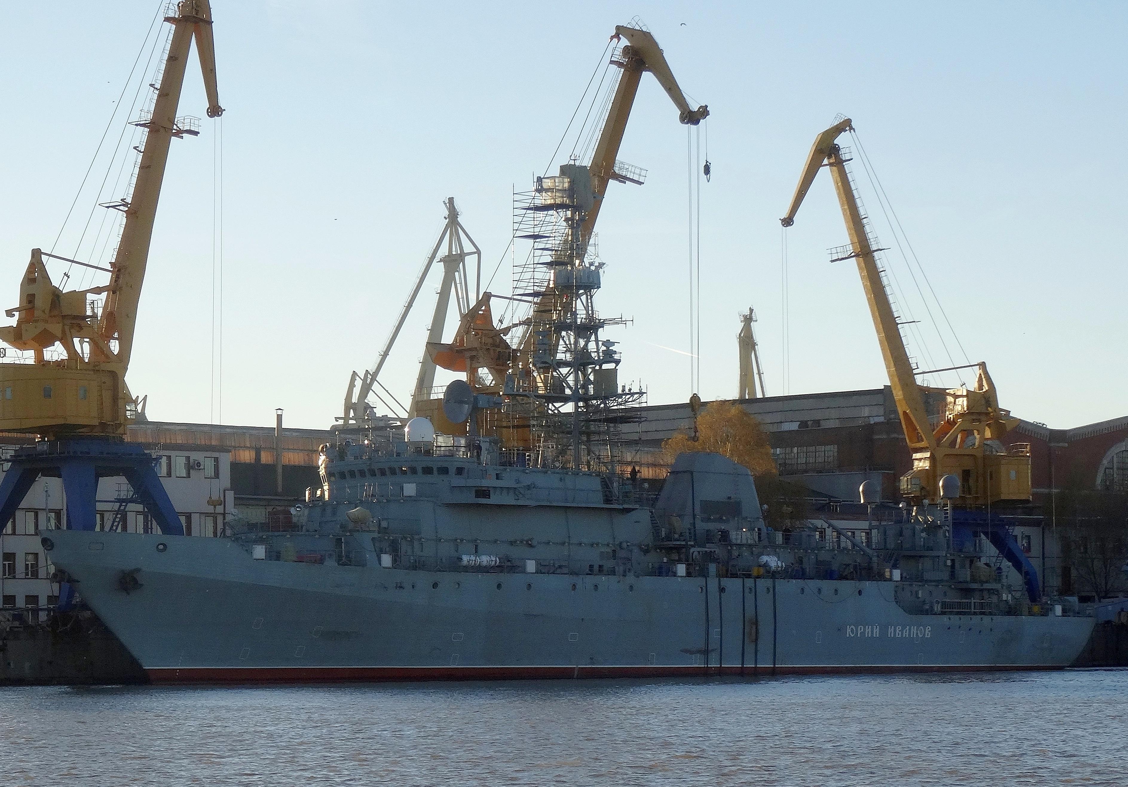 Diversos Navios Russos suspendem para testes de Mar