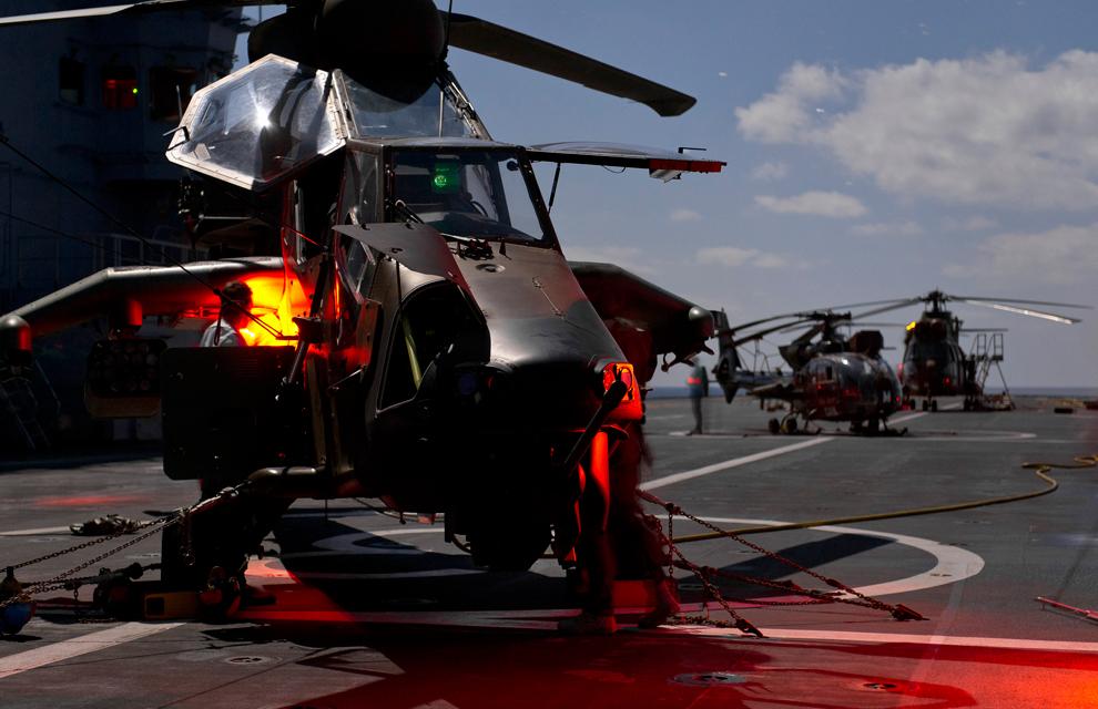 A França já opera as suas aeronaves de ataque embarcadas nos seus BPC classe Mistral.