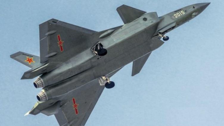 Programa J-20  está muito perto de versão final de produção