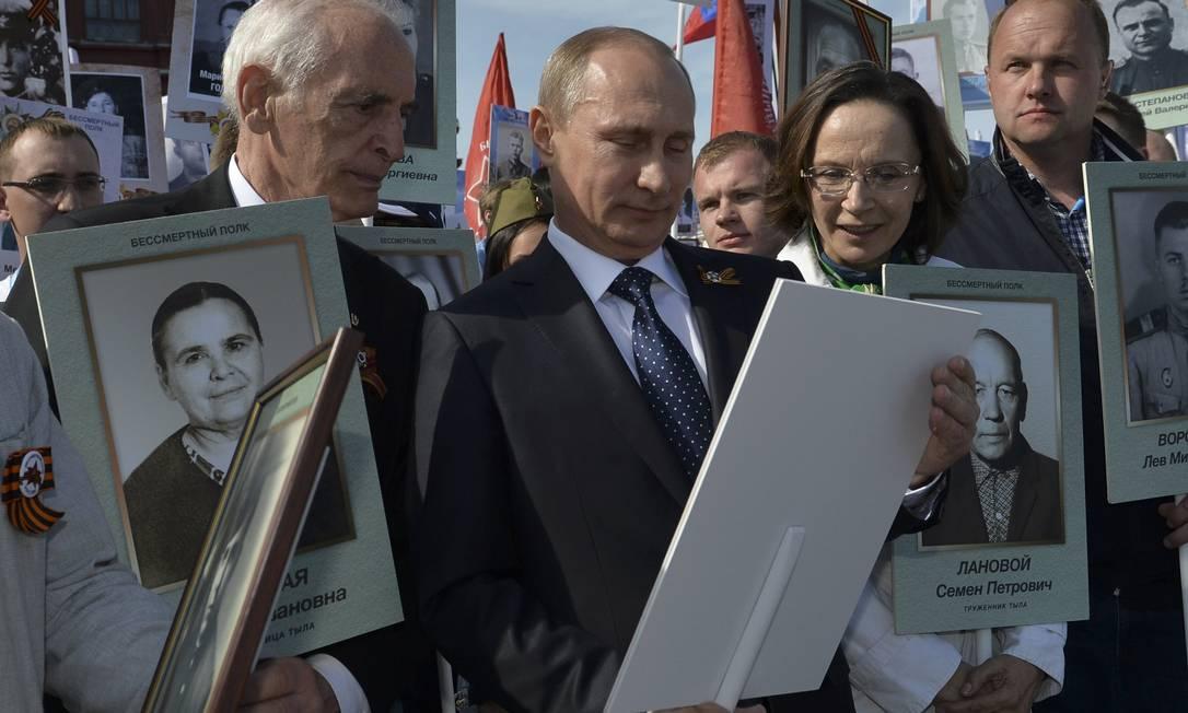 08WW2-ANNIVERSARY_RUSSIA