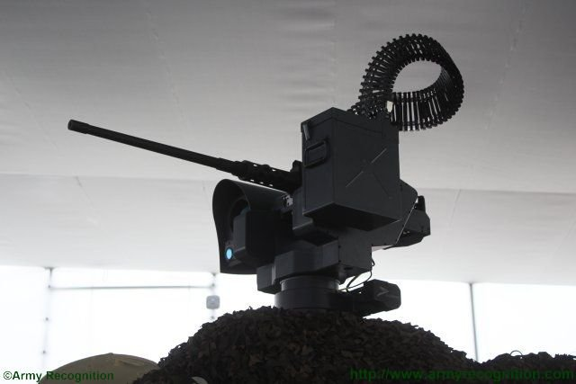 Peru_unveils_upgraded_variant_of_the_BMR_600_APC_fitted_with_Guardian_remote_weapon_statio_640_002