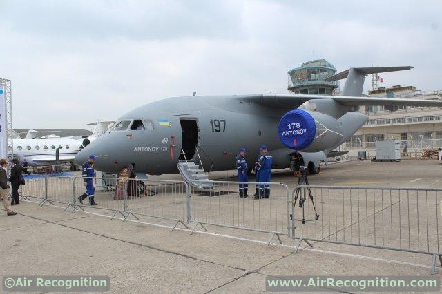 Antonov_s_new_An-178_transport_aircraft_highlighted_at_Paris_Air_Show_2015_640_001