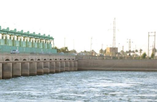 Soldados do Estado Islâmico fecham represas em Ramadi