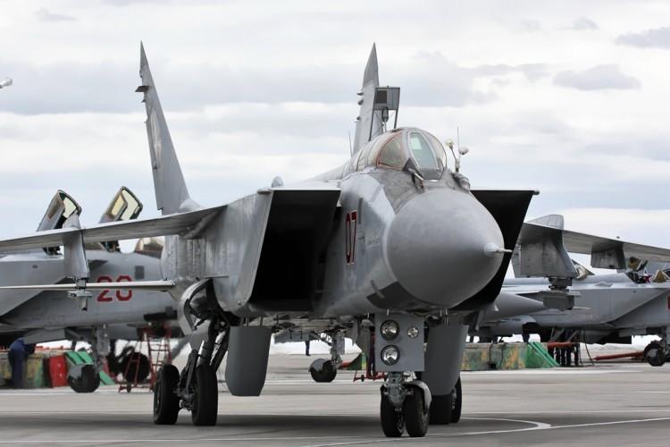 Síria recebe seis caças Mig 31