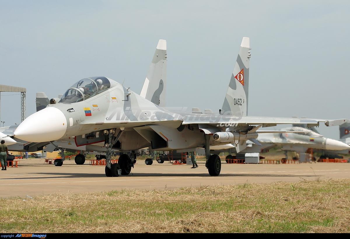 Cazas de Venezuela pueden haber invadido el espacio aéreo brasileño Su-30-venezuela-7