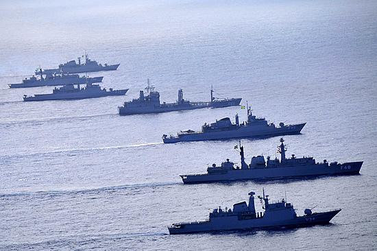 Brasil é ator de peso no mundo da indústria marítima, mas precisa de orçamento, diz Comandante da Marinha
