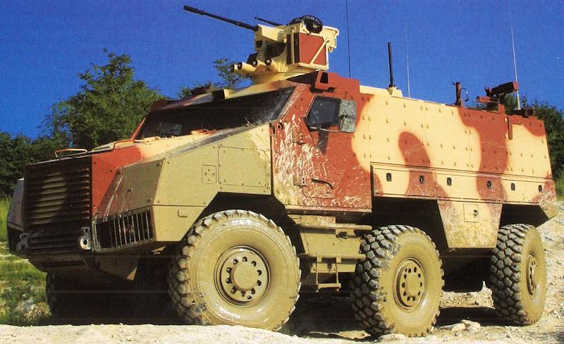 Exército Tcheco encomenda veículos 6×6 Nexter Titus