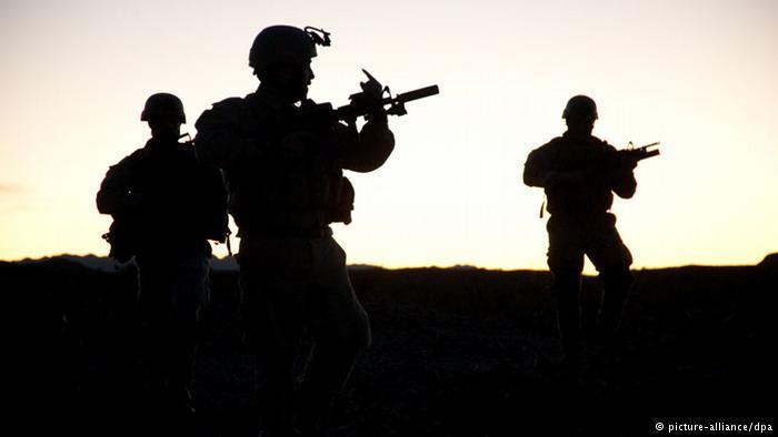 Obama vai enviar forças especiais à Síria