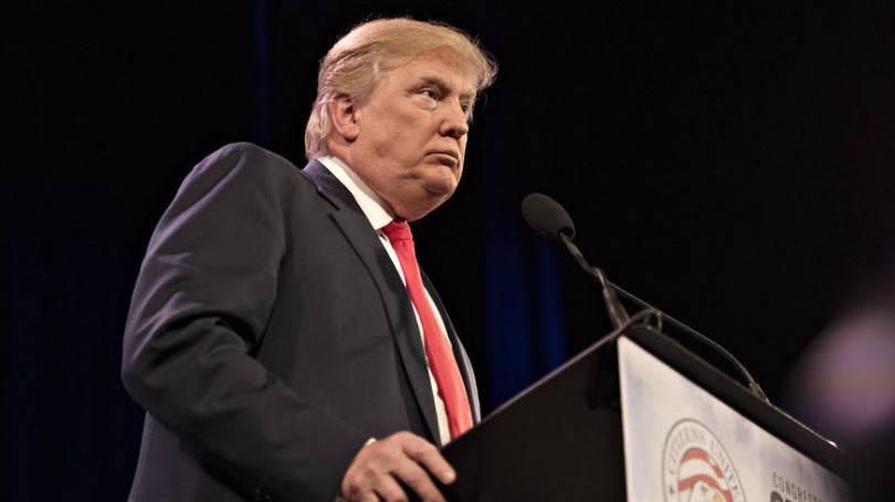 Trump:mundo seria lugar melhor com Hussein e Kadafi no poder