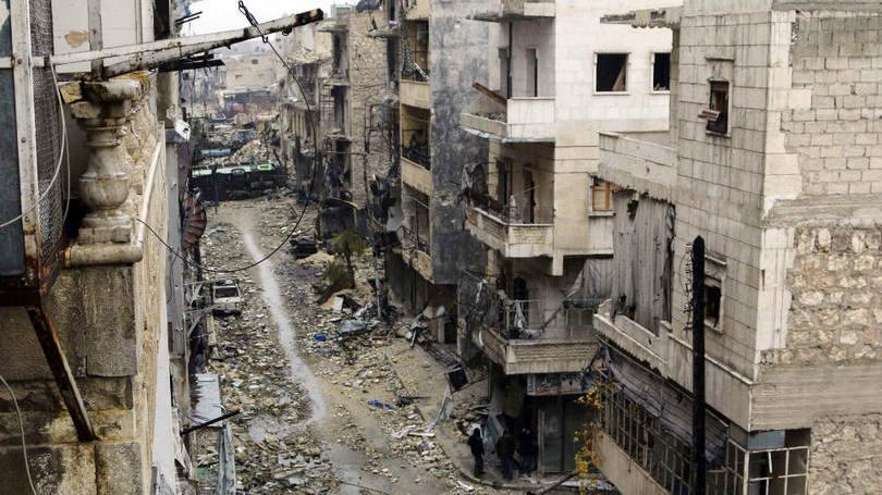 EI avança para Aleppo aproveitando bombardeios russos