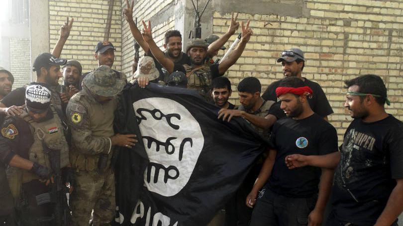 Iraque começa a bombardear jihadistas com ajuda russa
