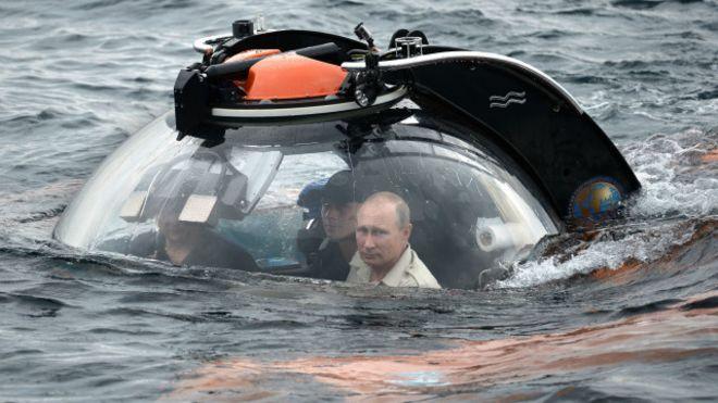Os submarinos russos podem deixar o mundo sem internet?