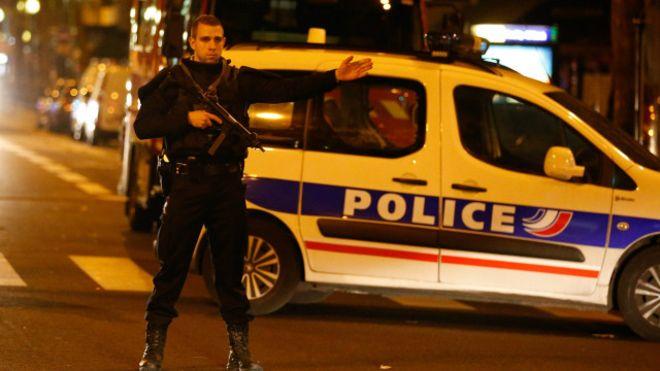 França fica em estado de alerta após dia mais violento desde a 2ª Guerra