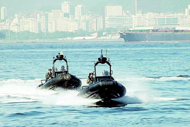 Os MECs, como são chamados os agentes especiais, atuam em diversos meios, mas o principal é aquático Foto: Divulgação