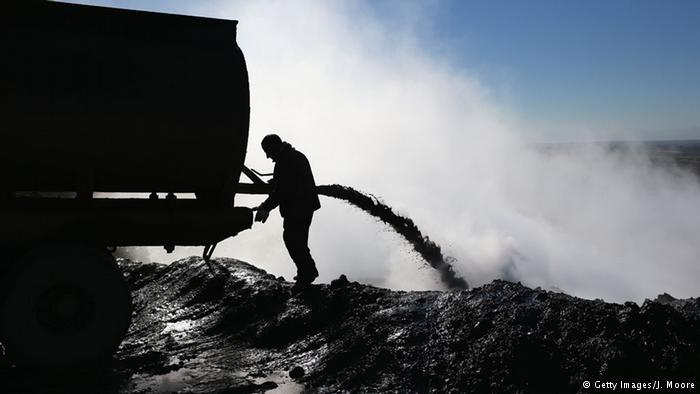 Petróleo do EI acaba nas mãos do regime de Assad, dizem EUA