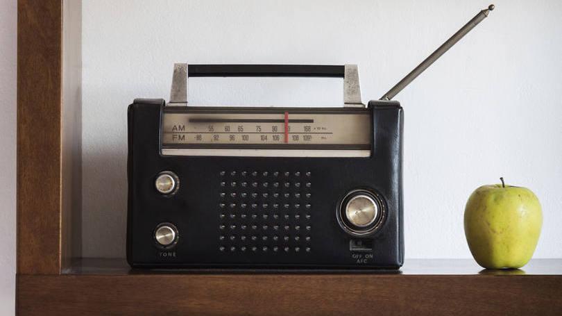 EI lança primeira emissora de rádio no Afeganistão