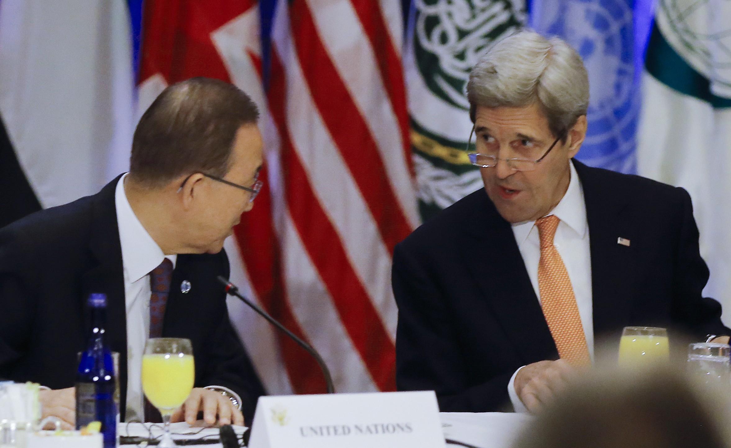 Conselho de Segurança da ONU aprova plano de paz para a Síria