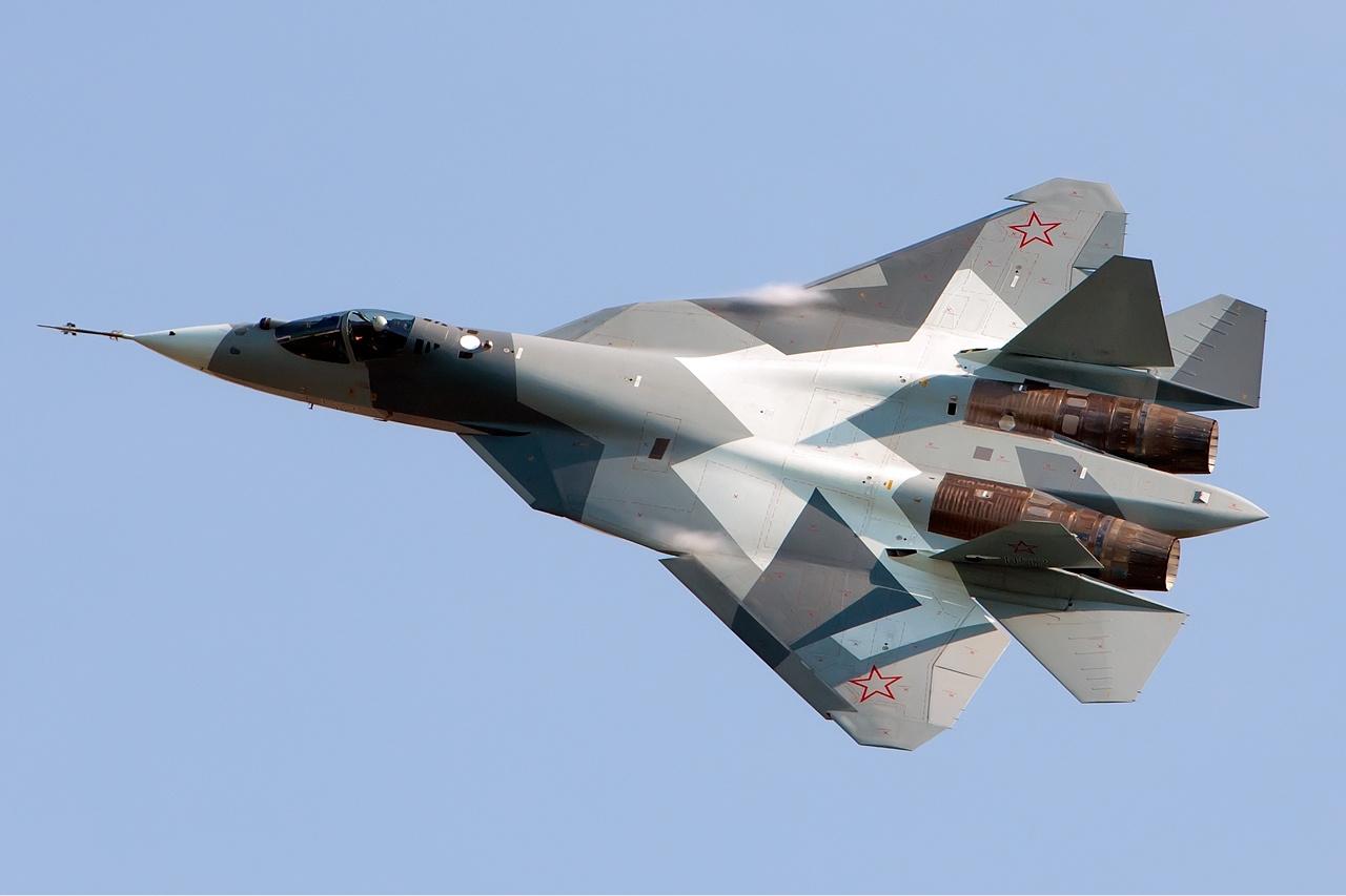 Sukhoi_T-50_Beltyukov