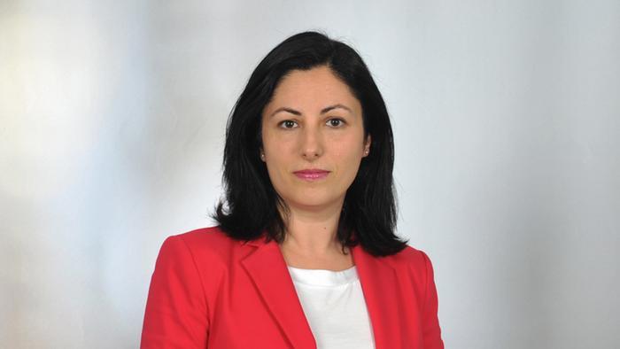 Seda Serdar é chefe da redação turca da DW