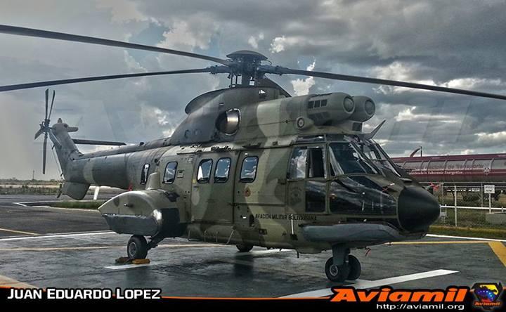 Venezuela recebe helicopteros Cougar modernizados na França.