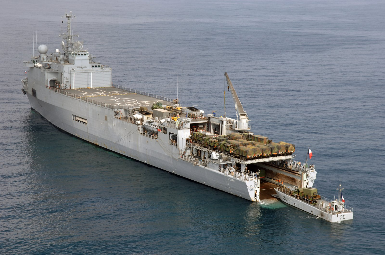 EXCLUSIVO: Conheça os tipos e quantidades de navios que o CFN julga necessários à eventual mobilização de uma Brigada Anfíbia e, no futuro, à 2ª Esquadra