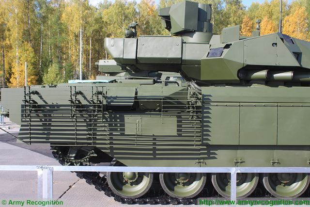 Russian-made_main_battle_tank_T-14_Armata_protected_with_new_generation_of_ERA_armor_640_001