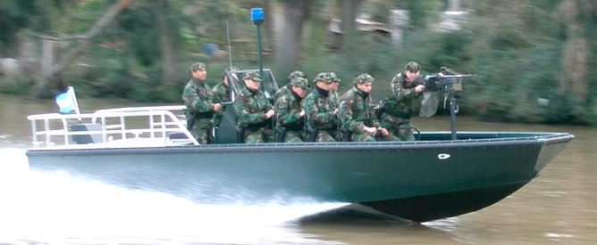 Depois dos fuzileiros navais e da guarda costeira argentina, também a Gendarmeria Nacional encomenda a 'lancha de intervenção rápida' modelo 'Toro'