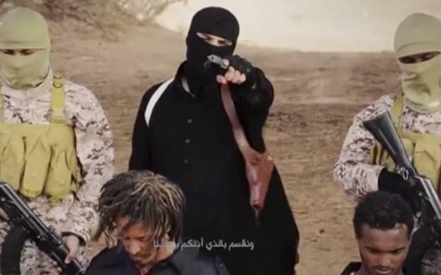 ESTADO ISLÂMICO NUM SUPOSTO VÍDEO DE EXECUÇÃO DE CRISTÃOS NA LÍBIA. FOTO: SOCIAL MEDIA/REUTERS