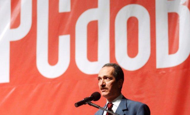 Fora do baralho: ministro da Defesa do governo Dilma diz que não fará 'confraternização' com sucessor, mas também não irá hostiliza-lo
