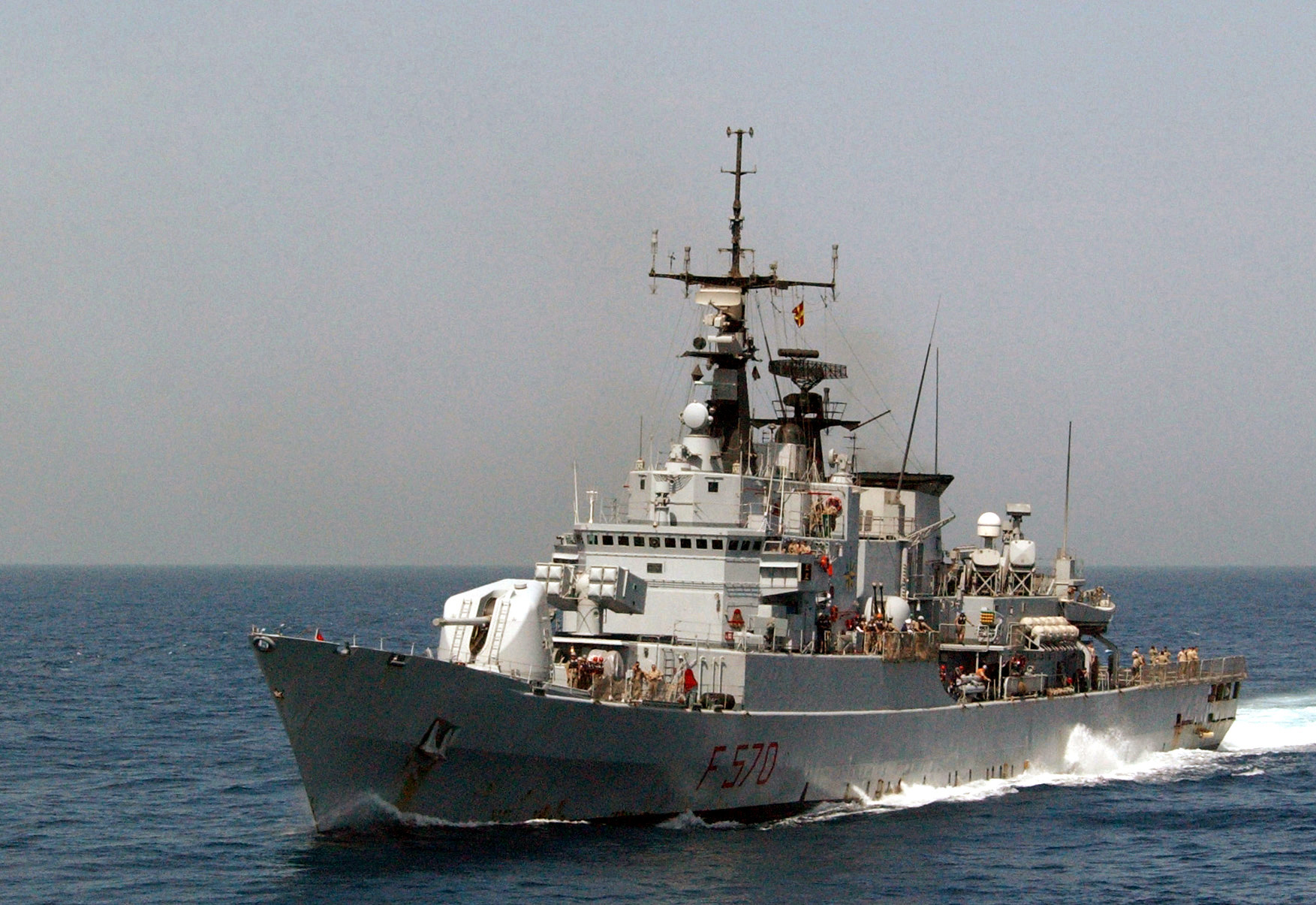 Port bow view of the Italian Navy Frigate, Marina Militare (MM) MAESTRALE (F 570), underway at high-speed, during Operation ENDURING FREEDOM