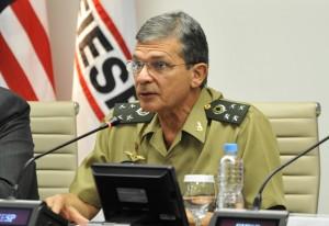 Sai Eva Chiavon e finalmente assume General como Secretário-geral da DEFESA.
