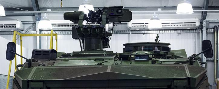 Viatura Piranha IIIC equipada com o reparo REMAX (Reparo de metralhadora automatizada X)