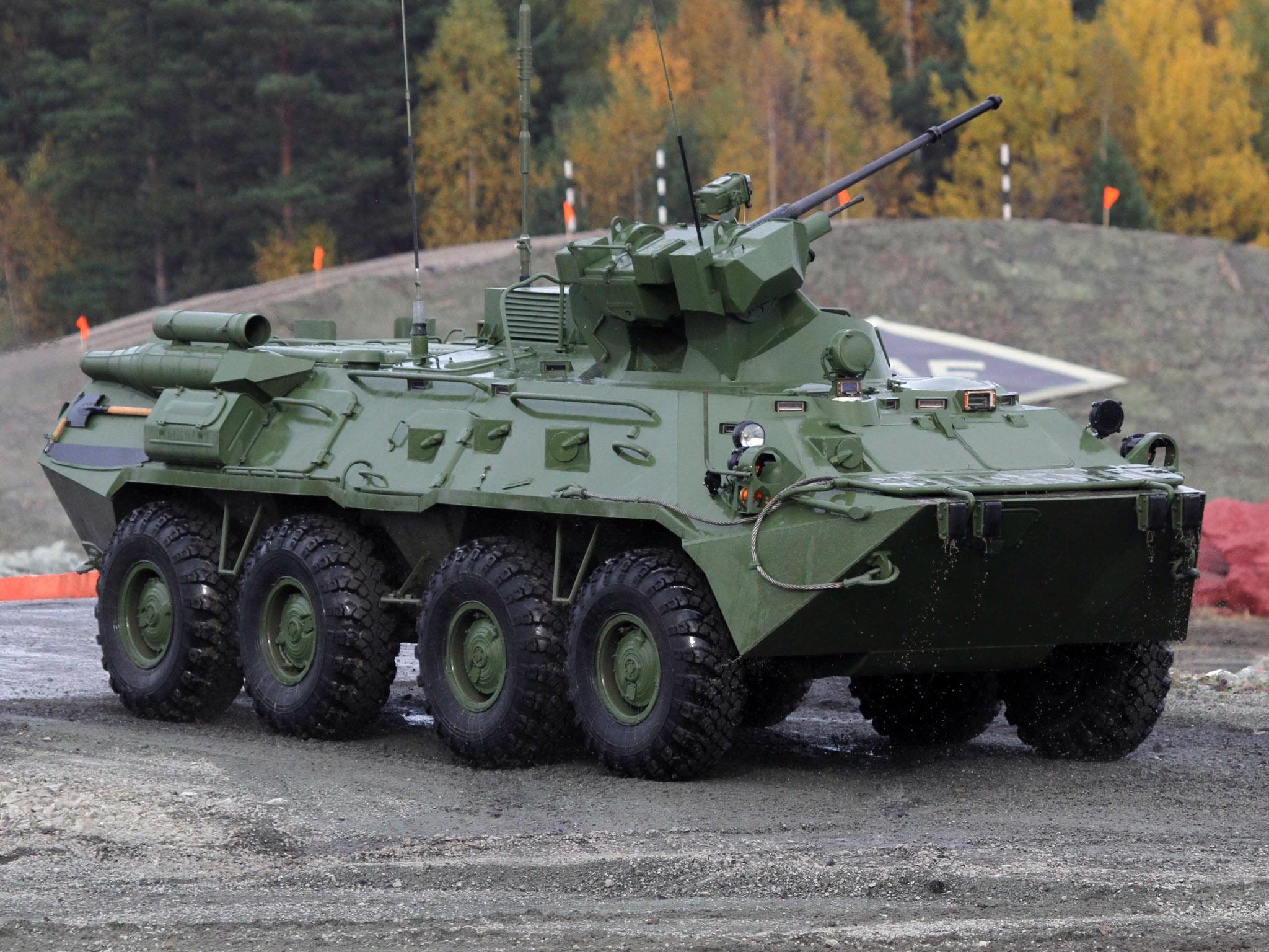 Rapidinhas Plano Brasil: Fuzileiros Navais Russos recebem viaturas BTR-82A