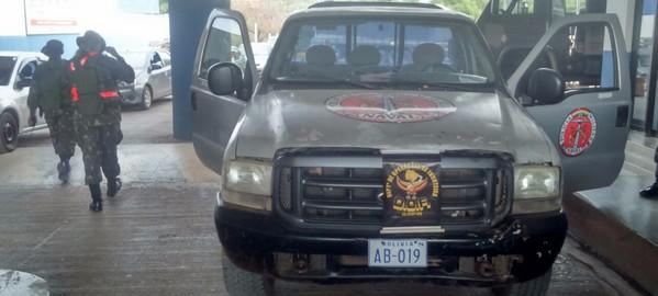 Militares bolivianos são detidos em MS com veículo roubado.