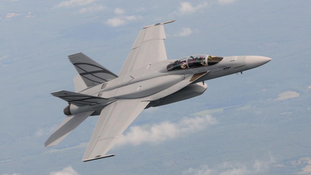 Canadá almeja compra de Super Hornet, por enquanto