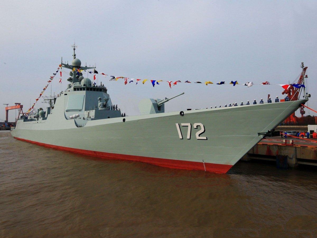 Capacidade produtiva chinesa impressiona e lança 4 super Destroyers  DDG Type 52D em menos de dois anos