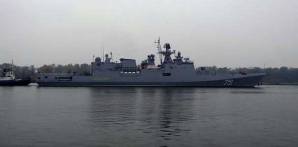 Fragata-751-Essen-Projeto-11356-pronta-para-testes