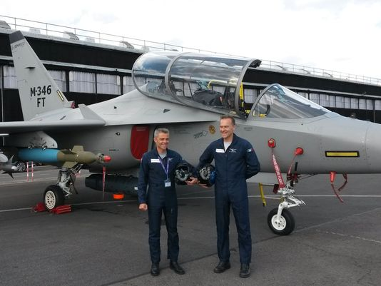 Aermacchi apresenta oficialmente o Fighter Trainer M-346FT na Farnborough 2016