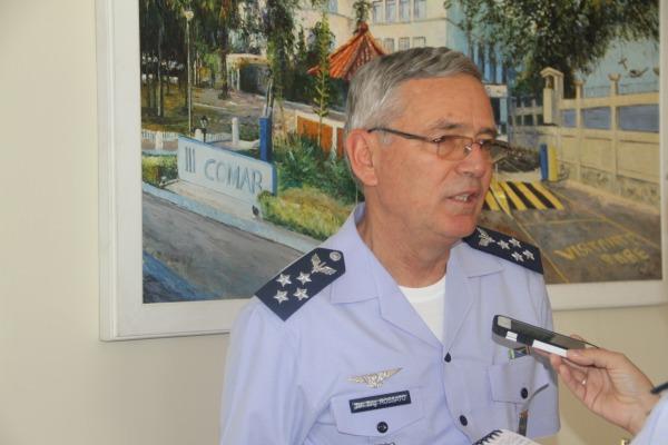 Comandante da Aeronáutica destaca a atuação ininterrupta da FAB