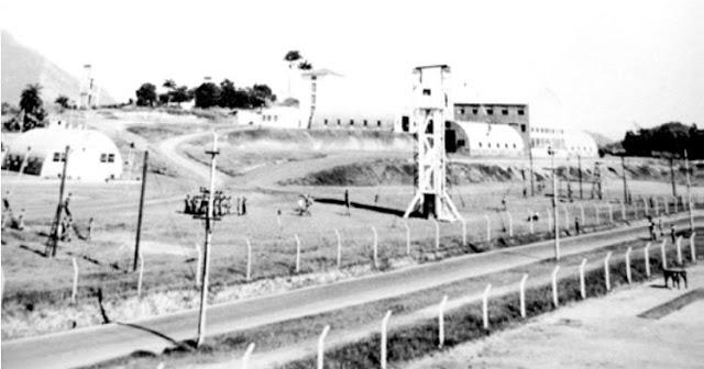 Fotografia 3: Instalações do NuDivAet (Núcleo da Divisão Aeroterrestre) localizado na Colina Longa, Vila Militar, Rio de Janeiro. (Fonte: Acervo do COpEsp)
