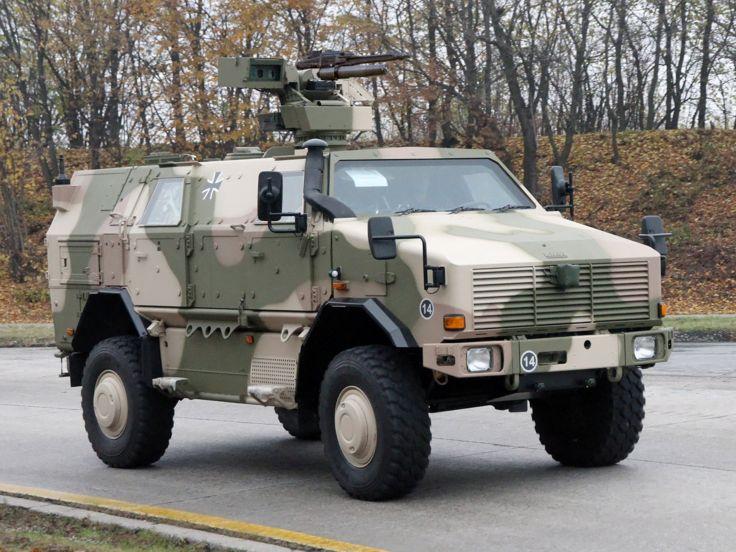 WARFARE: KRAUSS-MAFFEI WEGMANN DINGO 2. O Super Jeep Alemão.