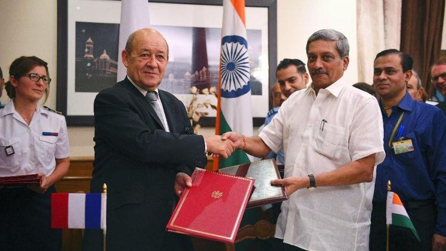 Assinado!  Depois de obter o contrato de exportação de 36 caças Rafale para a Índia, CEO da Dassault fala agora em fabricar um novo lote em território indiano…