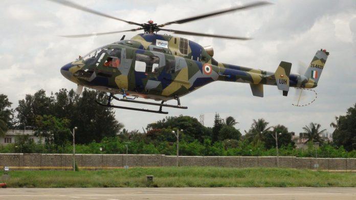 Novo helicóptero utilitário leve da HAL faz seu primeiro vôo