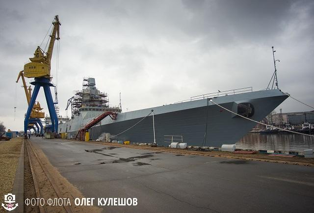Almirantel Kasatonov caminha para montagem e testes finais