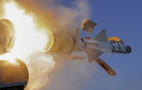 MBDA assina contrato para fornecer um sistema de mísseis costeiros para Catar