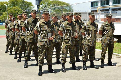 """FAB PÉ DE POEIRA: BINFA-14 """"Batalhão Bandeirante"""" encerra estágio de Polícia da Aeronáutica"""