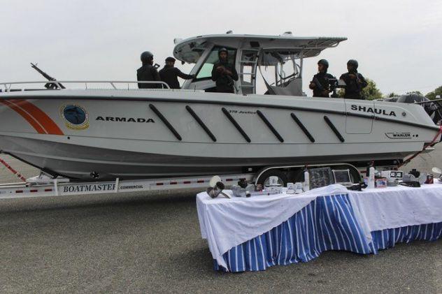 República Dominicana recebe lancha interceptadora